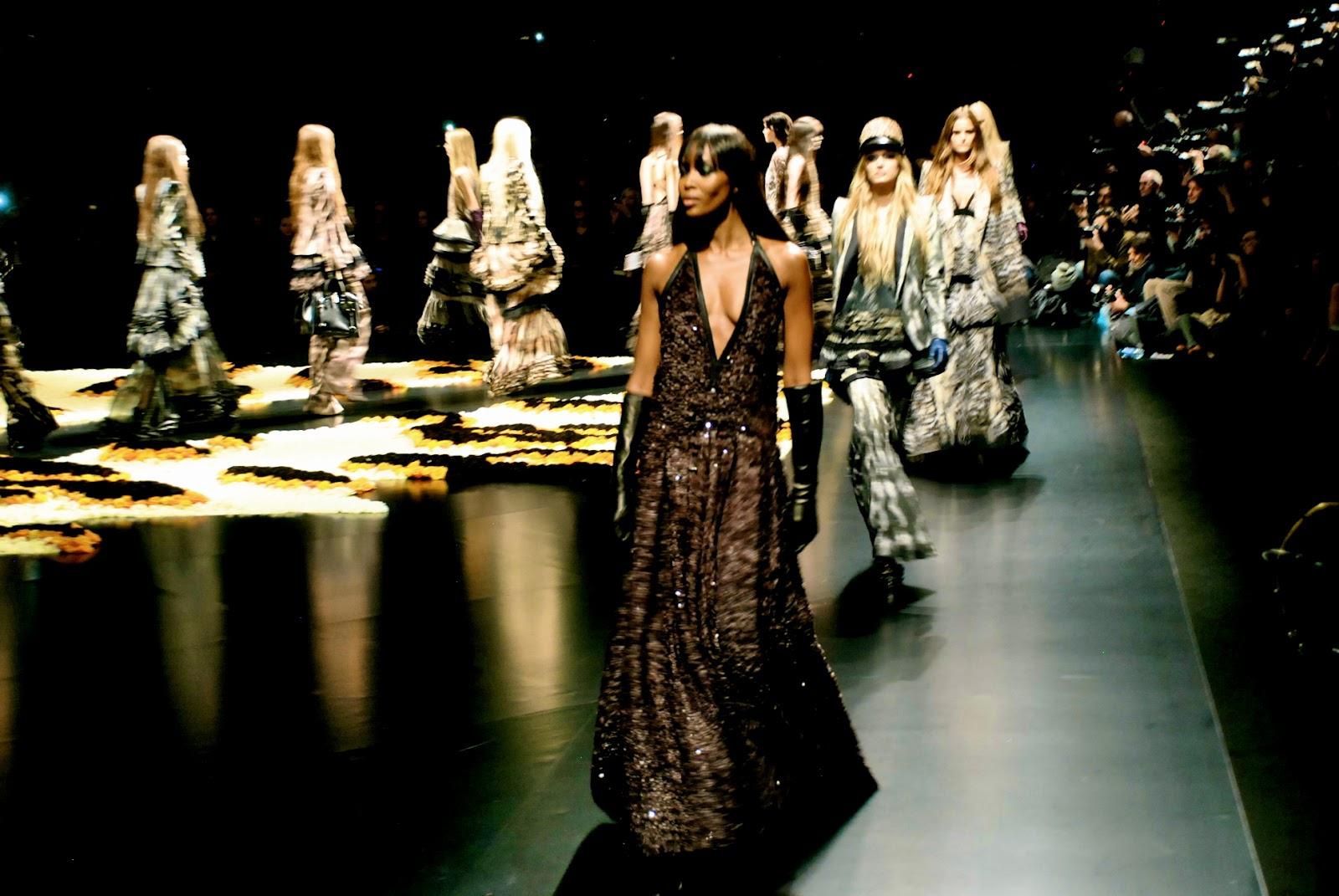 Fashion Week Daily : roberto cavalli 2012