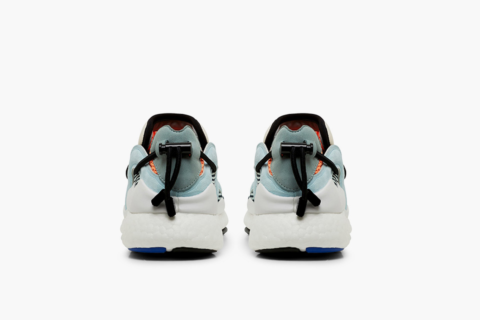 y-3-toggle-boost_blue_03