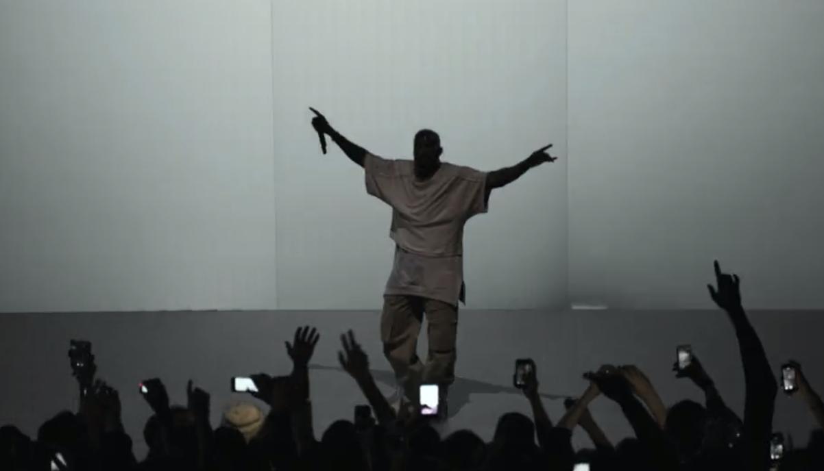 Regardez le récap vidéo officiel de Kanye West à la Fondation Louis Vuitton