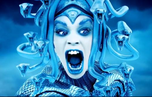 «Ice Princess»: découvrez le clip glacial d'Azealia Banks