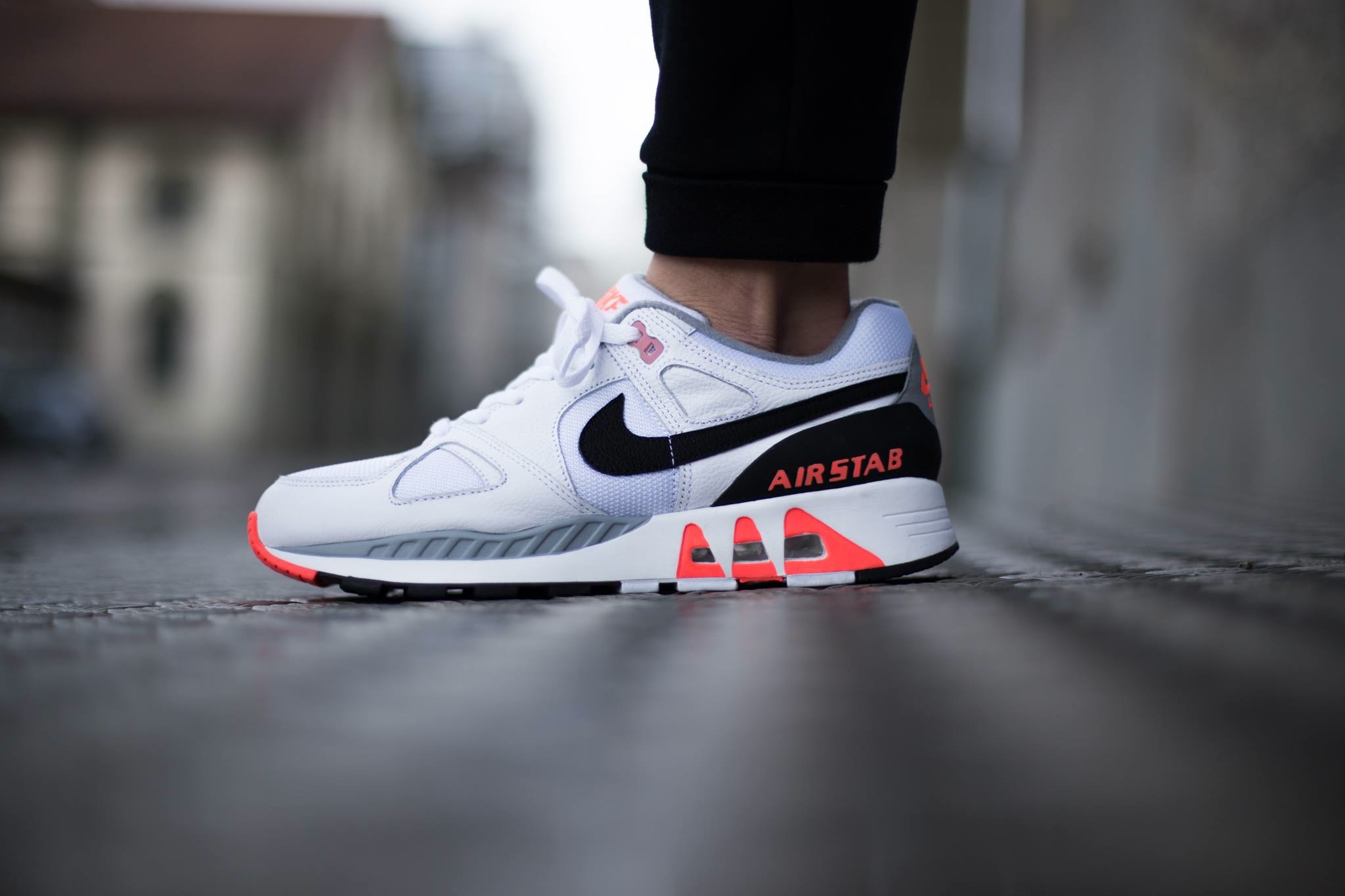 Nike-Air-Stab-Infrared-1