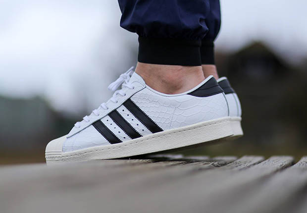 adidas superstar snake triple noir