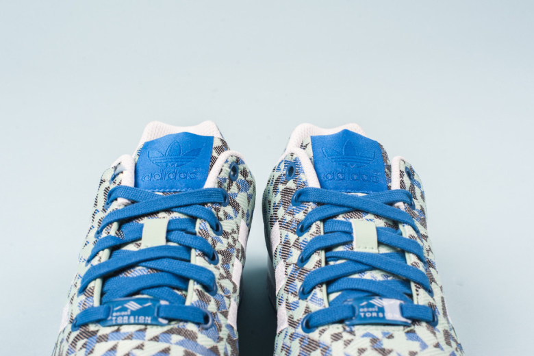 adidas-originals-zx-flux-weave-ocean-blue-2