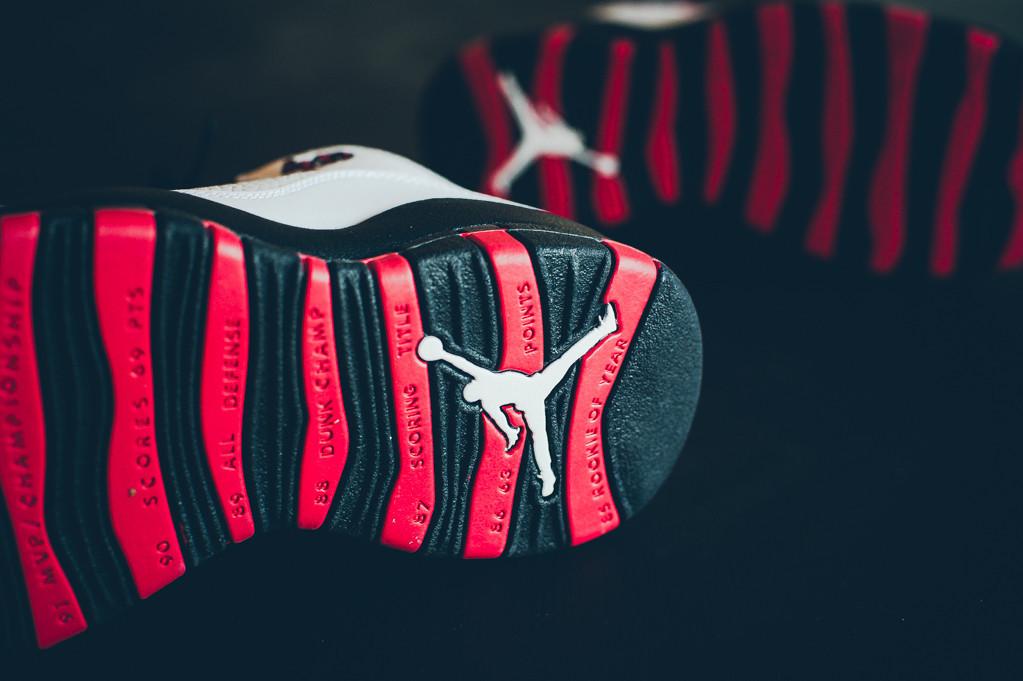 dessous Air Jordan 10 rétro