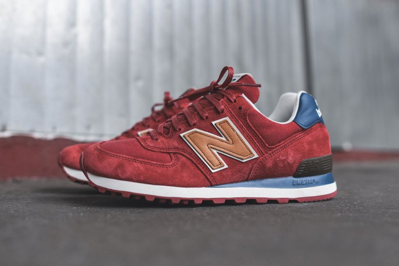 New Balance 574 « Distinct Weekend bag »