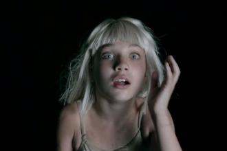 Sia Maddie Ziegler Big girls cries