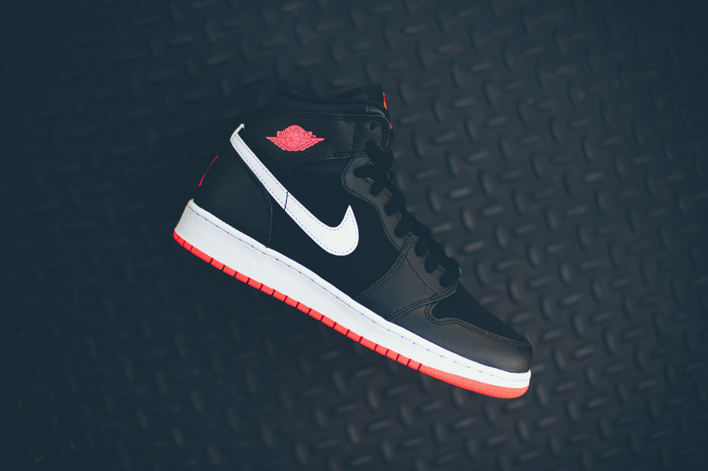 Air Jordan 1 Retro High GG Black/Hot Lava