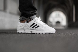 adidas zx flux white/core black