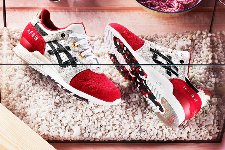 a-closer-look-at-the-afew-x-asics-gel-lyte-iii-koi-2