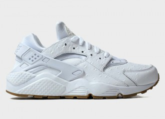 Nike air Huarache White Ostrich