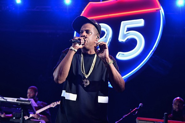 Jay-Z clashe YouTube, Spotify et Apple durant un concert TIDAL à NYC