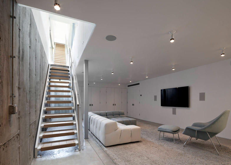 LEVENBETTS 36 SML House New York