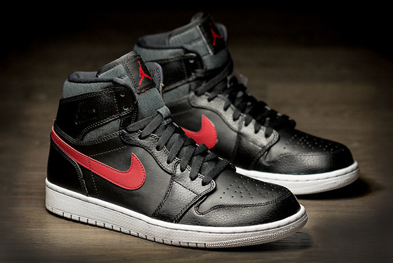 "Air Jordan 1 ""Rare Air"" : une exclu pour les 30 ans de Jordan Brand"
