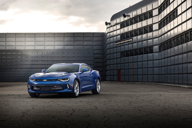 chevrolet-reveals-the-slimmed-down-2016-camaro-6