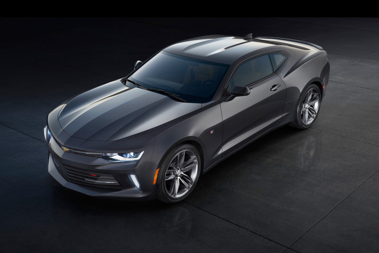 chevrolet-reveals-the-slimmed-down-2016-camaro-9