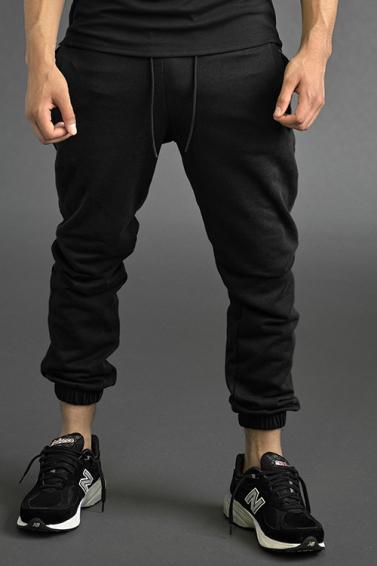 roc-nation-unveils-apparel-line-with-designs-by-former-billionaire-boys-club-designer-29