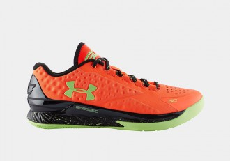 "Et voici la nouvelle Under Armour Curry One Low ""Bolt Orange"" !"