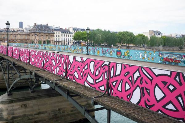 Chronique – Pont des Arts : pourquoi le Street Art y a-t-il sa place