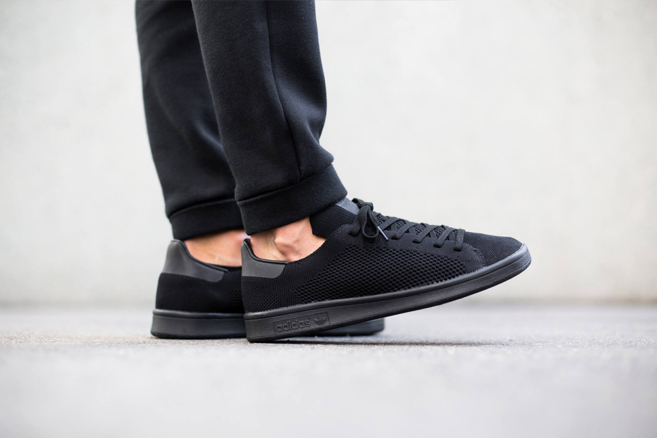 adidas-stan-smith-primeknit-all-black-04