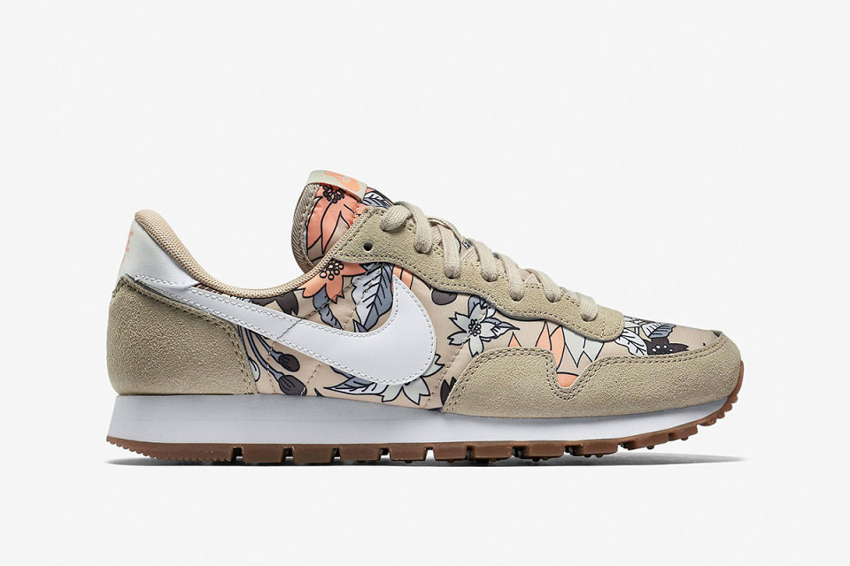 nike-rattan-floral-pack-2