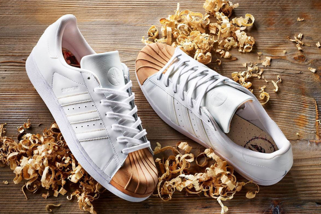 Afew x adidas Originals x Ivan Beslic : une superstar boisée !