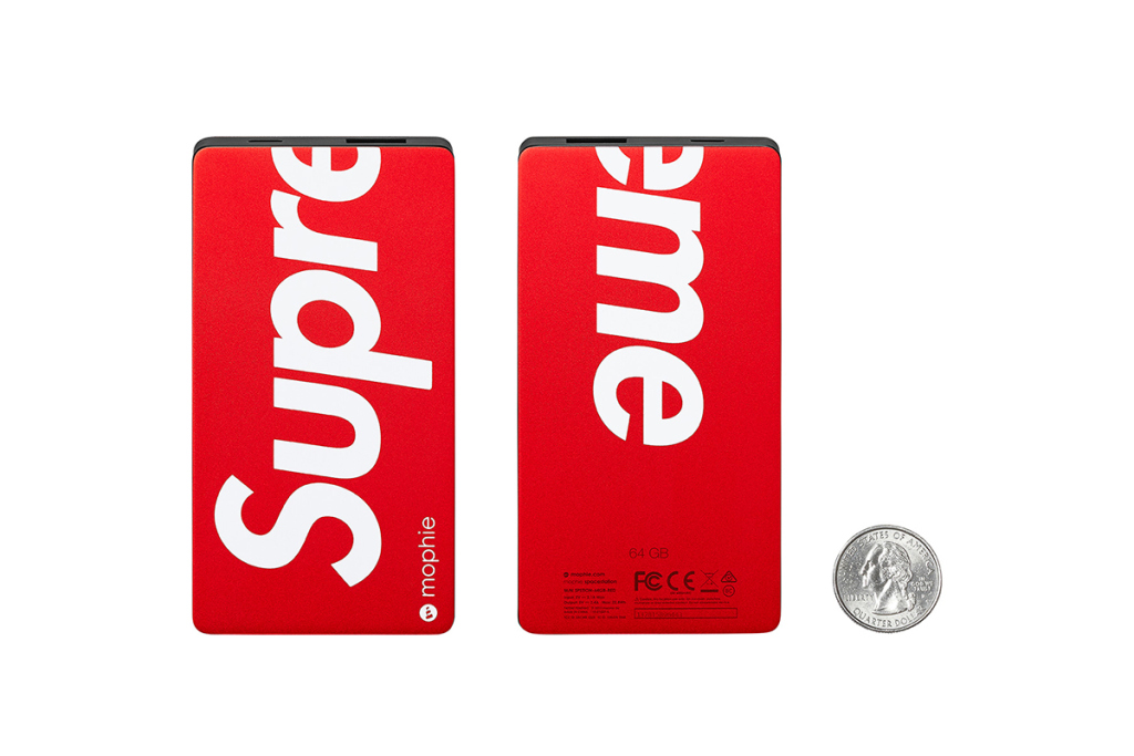 Supreme-2015-fall-winter-accessories-collection-10