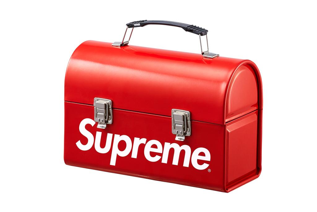 Supreme-2015-fall-winter-accessories-collection-18