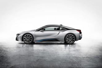 Zoom sur la BMW i8 : une hybride spectaculaire !