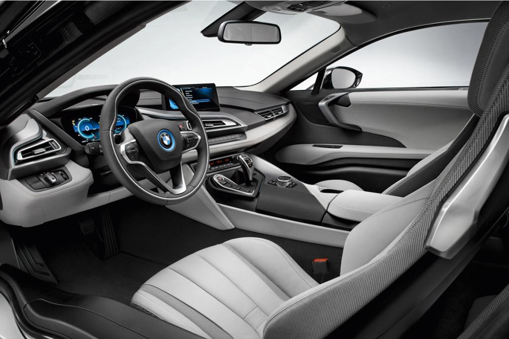 bmw-debuts-the-i8-hybrid-sportscar-4