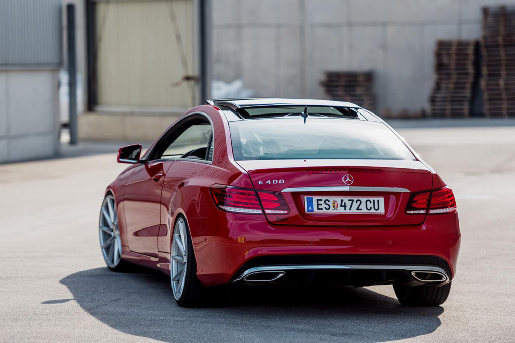 mercedez-benz-c207-e-class-coupe-with-vossen-cvt-wheels-2