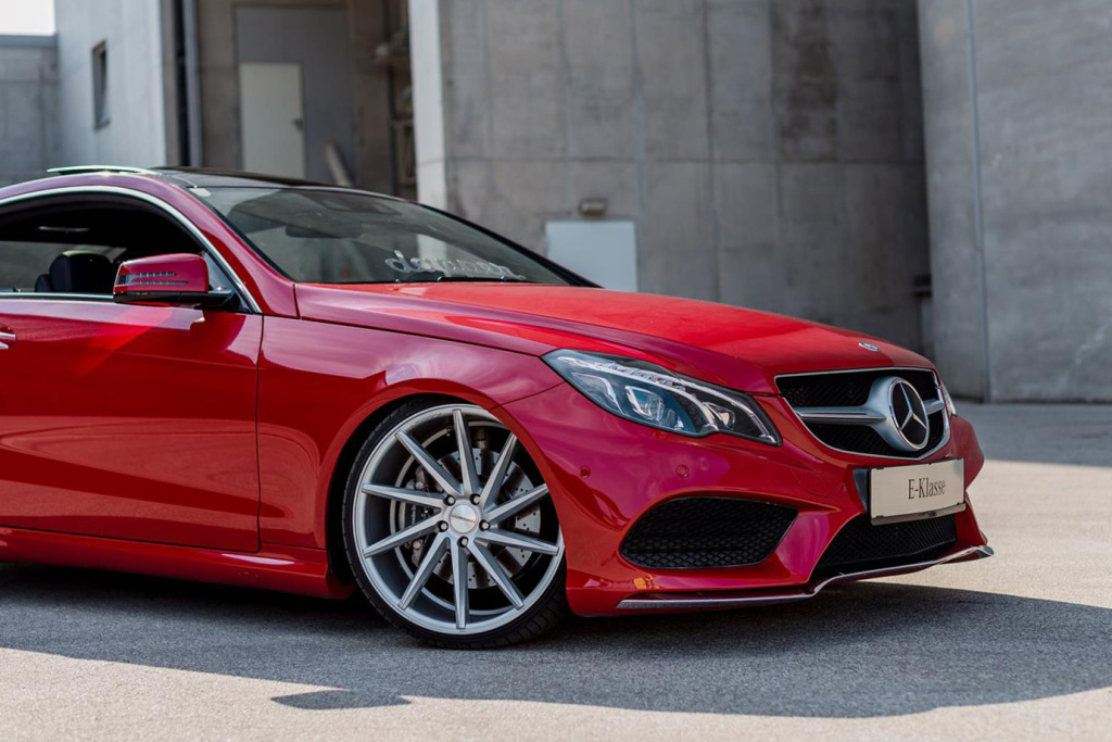 mercedez-benz-c207-e-class-coupe-with-vossen-cvt-wheels-3