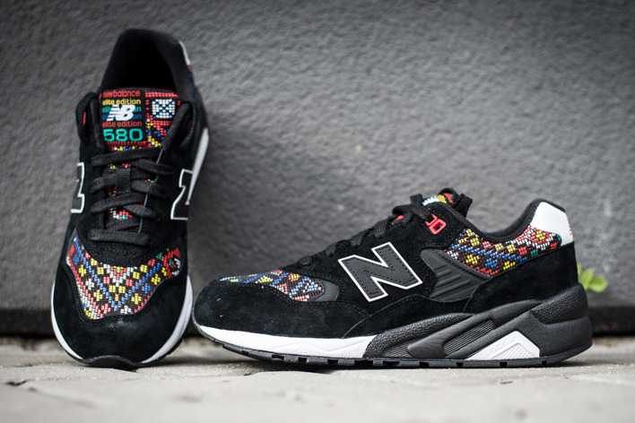 Zoom sur la nouvelle New Balance WRT580HA « Mexican Tiles »