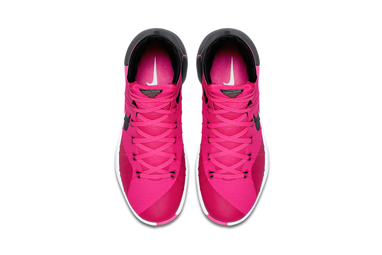 nike-hyperdunk-2015-think-pink-2