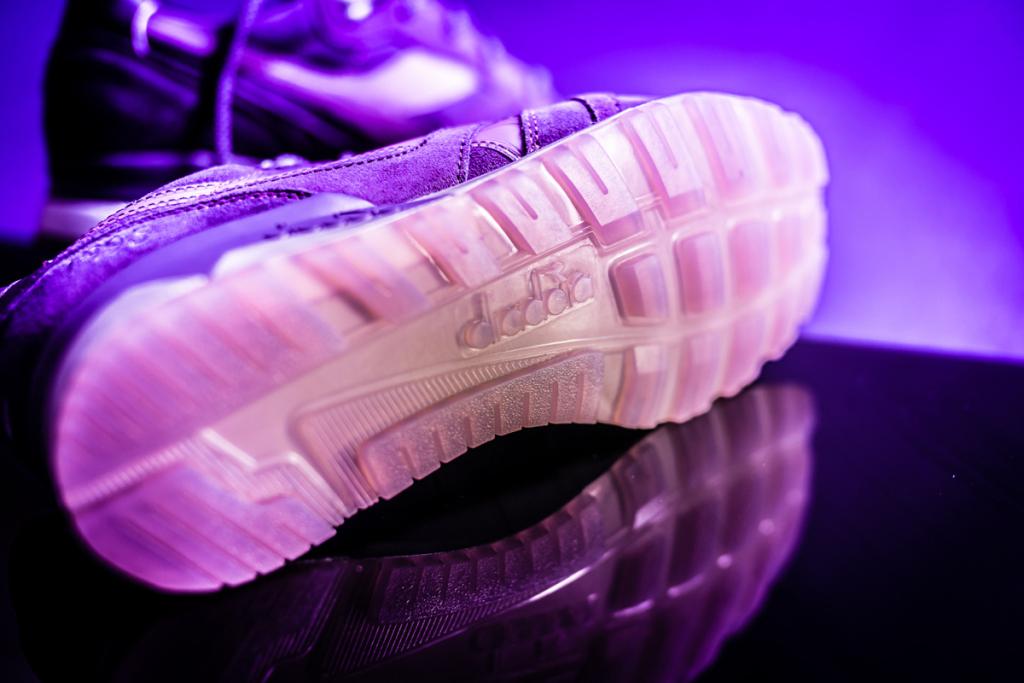 packer-shoes-x-raekwon-x-diadora-n-9000-purple-tape-5