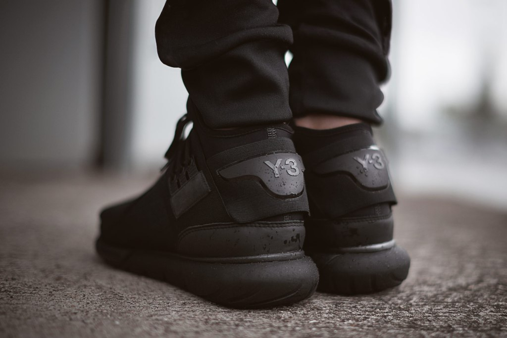 y-3-qasa-high-top-sneaker-all-black-3