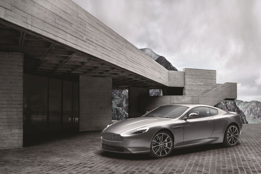 aston martin d voile une nouvelle voiture de james bond. Black Bedroom Furniture Sets. Home Design Ideas