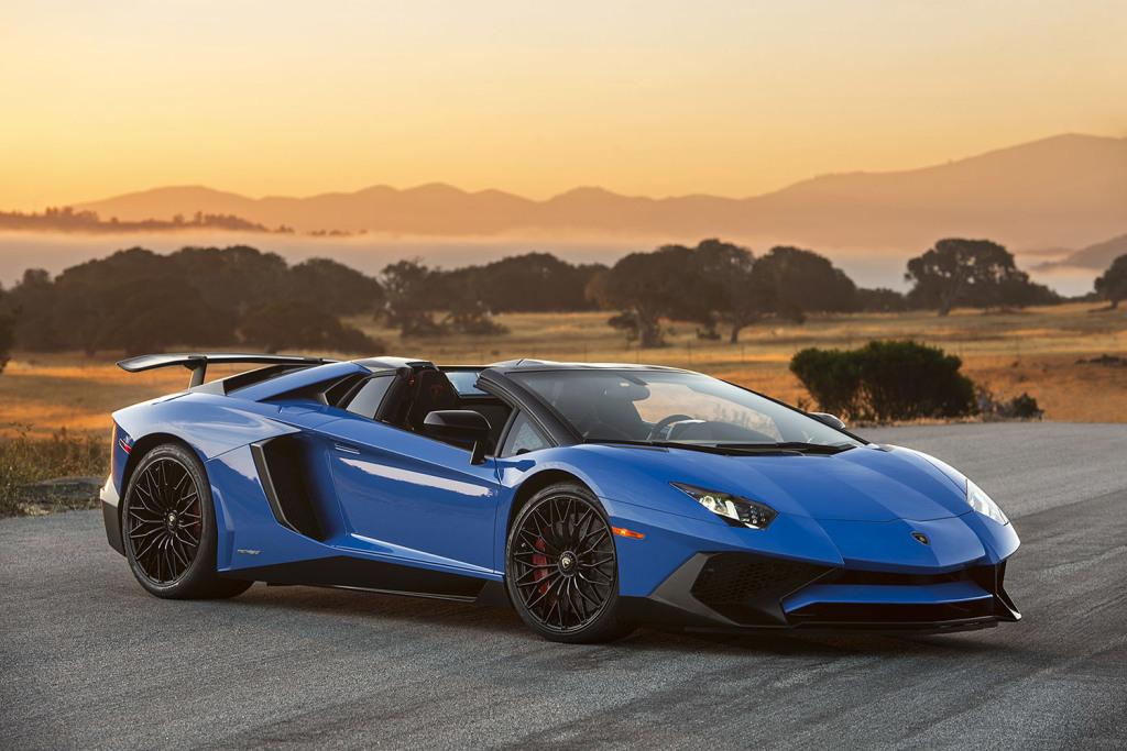 Zoom sur la Lamborghini Aventador LP750-4 SV Roadster