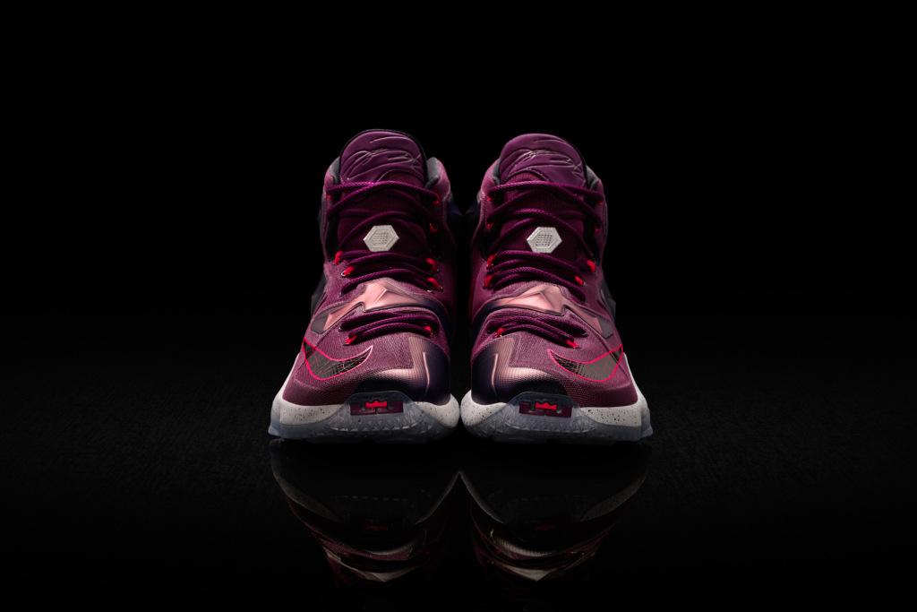 James Nouvelle Sa Dévoile Lebron SignatureLa Chaussure Nike EH9D2I