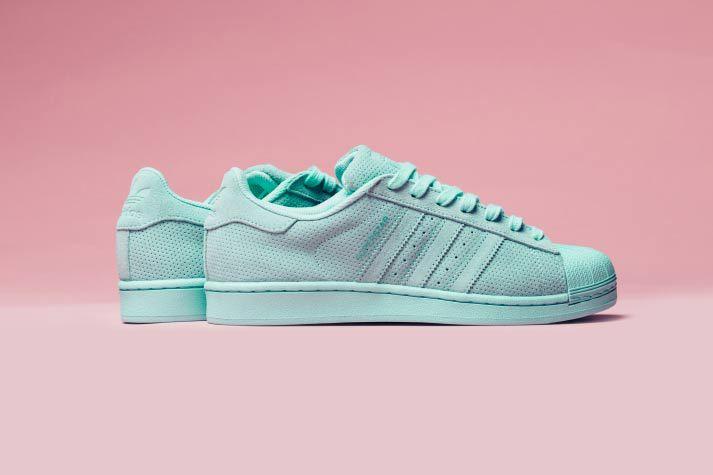 Un nouveau coloris pour la adidas Originals Superstar RT nommé «Aqua»