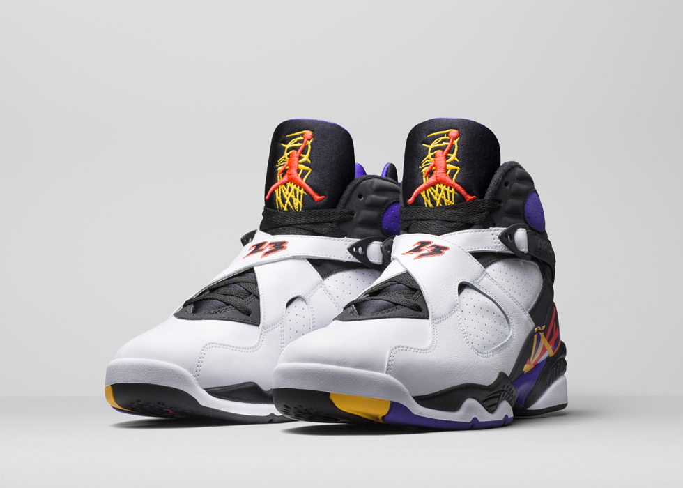 La Air Jordan 8 « Three Time's A Charm » pour rendre hommage au Three Peat de MJ !