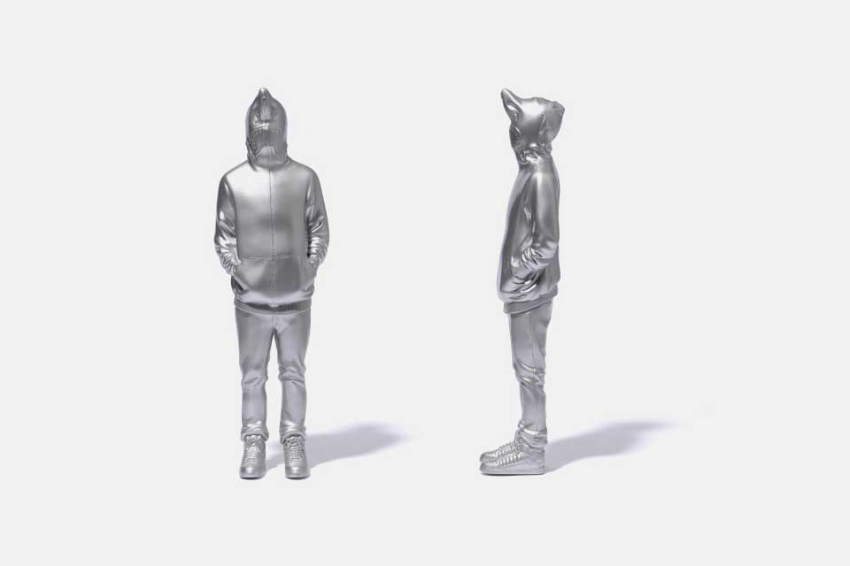 bape-10th-anniversary-shark-figure-5