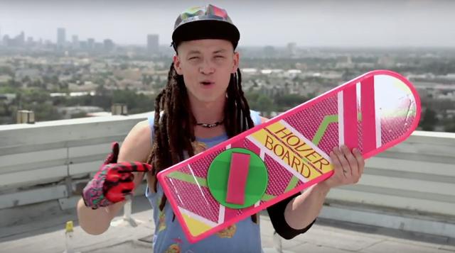 La vraie fausse pub de l'hoverboard de Retour vers le futur 2 est là