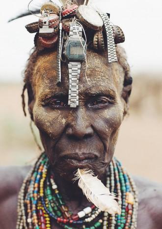 Le photographe Eric Lafforgue et la tribu Daasanach