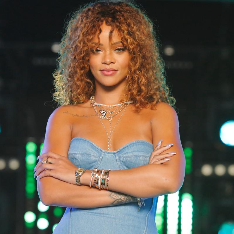 Rihanna lance «AntiDiary Experience» avec Samsung