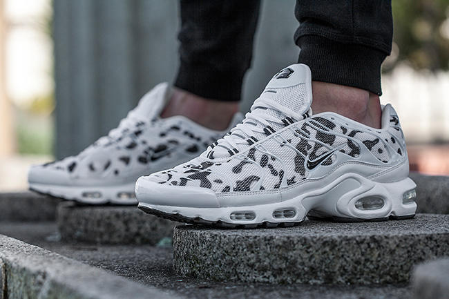nike-air-max-plus-camo-footlocker-au_ny0zoc