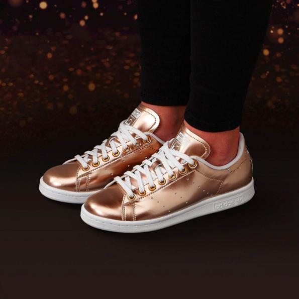 week of greatness foot locker adidas stan smith