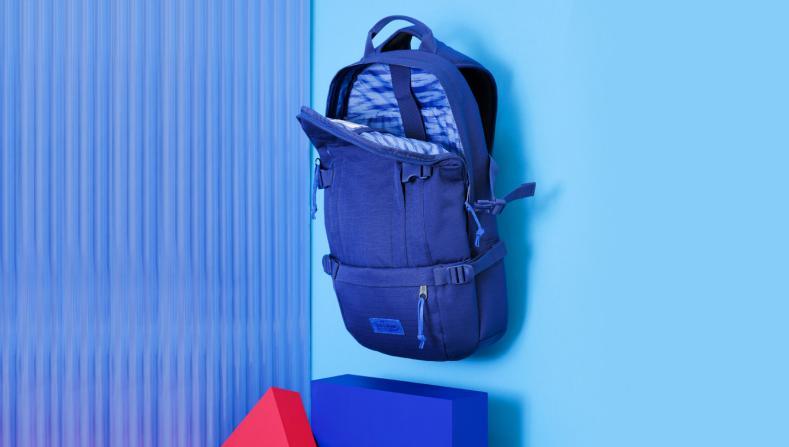 Eastpak sort sa Core Series Winter 2015 Blue Assortment