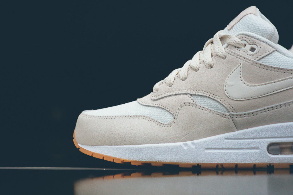 Nike-Air-Max-1-Essential-Crepe-White-Gum-Sneaker-Politics-3