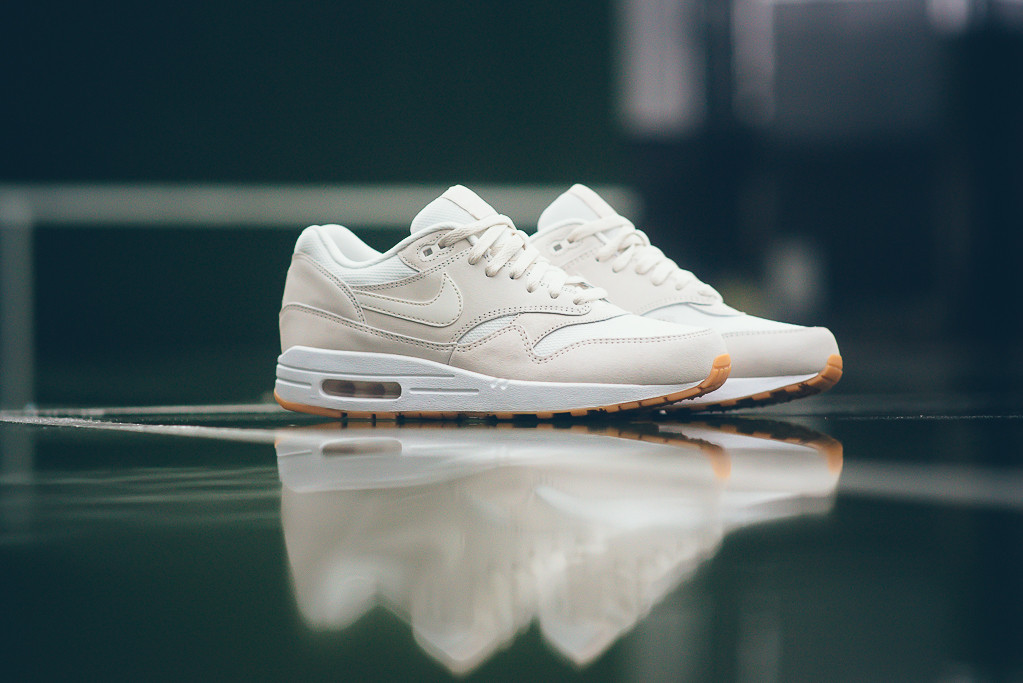 Nike-Air-Max-1-Essential-Crepe-White-Gum-Sneaker-Politics-7