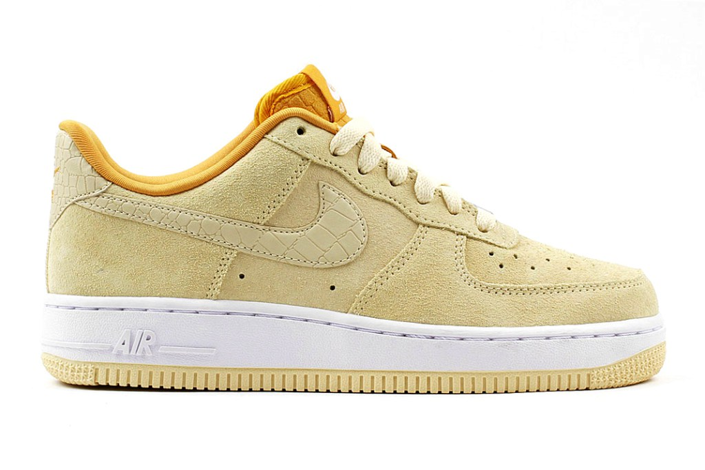 nike-air-force-1-low-suede-enamel-green-lemon-drop-2